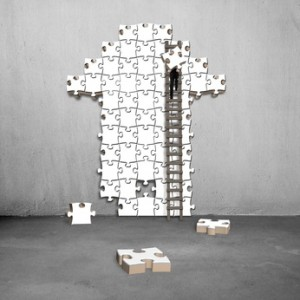 man climb ladder for arrow shape puzzle