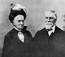 IF_Blog_Husband_and_wife_historic