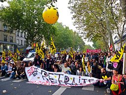 IF_Blog_French_Pension_Protest